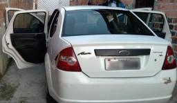 Ford fiesta sedan 2005 1.6