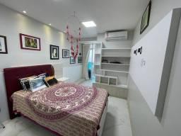 Apartamento para venda tem 140 metros quadrados com 3 quartos em Ponta do Farol - São Luís