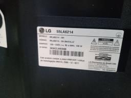 Vendo ou troco essa TV  LG 55 polegadas tá toda boa só que ela ficou assim