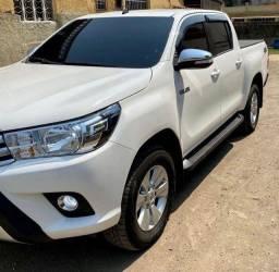 Título do anúncio: Toyota Hilux SRV Turbo Diesel 4x4