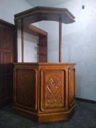 Bar de madeira Angelim