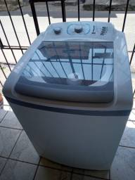 Título do anúncio: Máquina de lavar Electrolux 12kg tamanho família ZAP 988-540-491 dou garantia