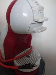 Título do anúncio: Cafeteira Dolce gusto automática 220v
