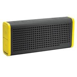 Caixa de som Nixon The Blaster com Bluetooth em perfeito estado