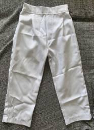 Calça branca tamanho 5 anos
