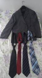 1 paletó e 4 gravatas da Cia do Terno Aceito cartão