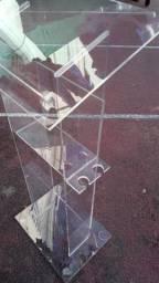 Púlpito de 6mm de espessura em acrílico cristal