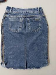 Saia jeans.