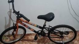 Título do anúncio: Bicicleta com rodinha