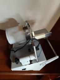 Máquina de cortar frios Arbel