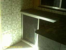 Loja no Centro de Campo Grande, 50 m², 2 banheiros e cozinha