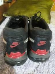 Tênis Nike 43