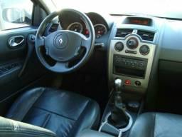 Megane dynamic 2.0 ano 2006/2007 aceito carro de menor valor e vouta wats 986924621 - 2007