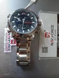 Título do anúncio: Relógio NAVIFORCE a prova d'água 30M