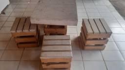 mesas e bancos