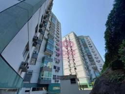 Apartamento com 3 dormitórios para alugar, 96 m² por R$ 1.600,00/mês - Santa Lúcia - Vitór