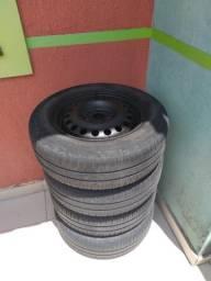 4 Rodas de ferro com pneus aro 14