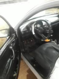 Vendo corsa sedan 2002básico trava e alarme 7300.00 - 2002