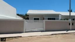 Vendo casa com 2 quartos sendo 1 suíte, por 220 mil