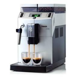 Vendo máquina de café saeko lirika