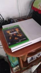 Xbox one com 1 controle siminovo
