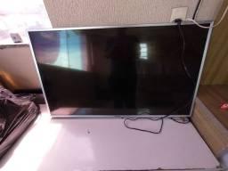 Tv Panasonic 43 smart  com defeito