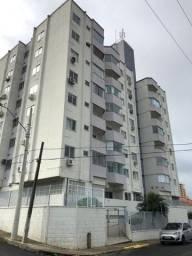 Apto com 03 dormitórios em Barreiros, São José - SC. Oportunidade de negócio