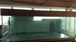 Aquario 2m x .70m x .70m - base tipo saia e tampa com iluminação