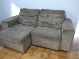 Dois sofás com chaise