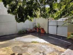 Duas Ótimas Casas em Bonsucesso