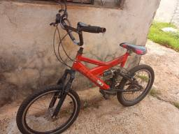 Título do anúncio: Bicicleta aro 20 vendo eu troco 200