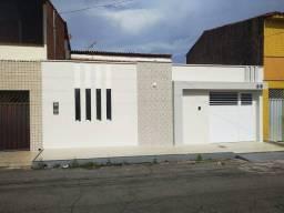 Casa para venda possui 200 metros quadrados com 3 quartos em Ipase - São Luís - MA