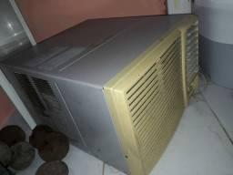 Ar condicionado 12.000 BTUs