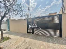 Título do anúncio: Casa com 3 dormitórios, 178 m² - venda por R$ 900.000,00 ou aluguel por R$ 3.500,00/mês -