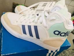 Tênis Adidas extaball w