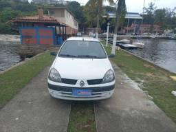 Renault Clio autentic 1.0 2004