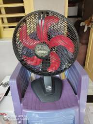 Ventilador usado e bem conservado