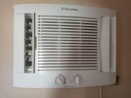 Título do anúncio: Ar condicionado Electrolux