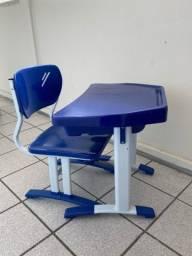 Mobiliário escolar infantil DESK