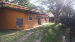 Título do anúncio: Casa com 4 dormitórios à venda, 270 m² por R$ 890.000,00 - Clube de Campo Valinhos - Valin