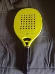 Raquete de Beach Tennis seminova Dranix Guga Kuerten
