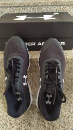 Tênis Under Armour 42 impecavel