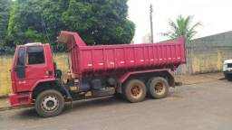 Ford Cargo 2428 6x2 Caçamba