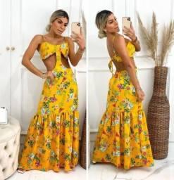 Título do anúncio: vestido comprido com decote