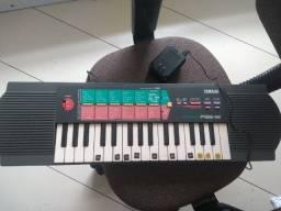 Teclado Yamaha PSS-12 Anos 90