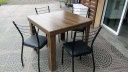 Título do anúncio: Mesa com 4 cadeiras tubulares