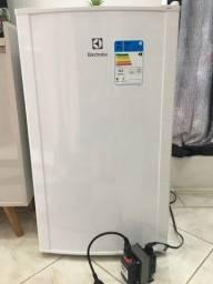 Frigobar electrolux