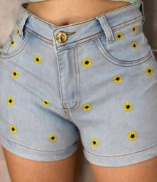 Shorts jeans girassol entrego