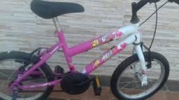 Título do anúncio: Vendo uma bicicleta infantil aro 16 valor 250 reais