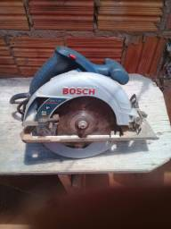 Vendo uma serra circular de cortar madeira Bosch